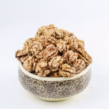 Picture of Whole Walnut kernels (full and round), 500 gm